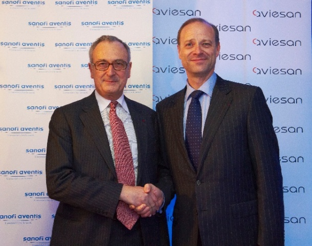 André Syrota (left), President of Aviesan, with Chris Viehbach,...