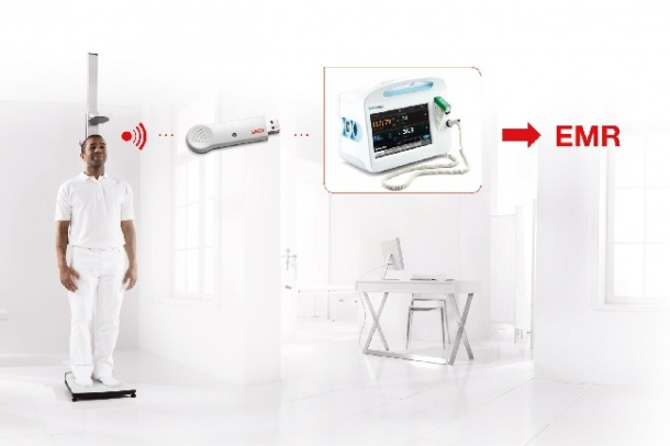 Photo: Wireless transfer to a patient monitor