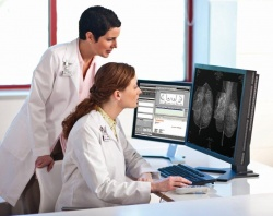 Photo: Carestream Improves Digital Breast Tomosynthesis