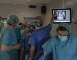 PACS supports the surgeons work in the OR.