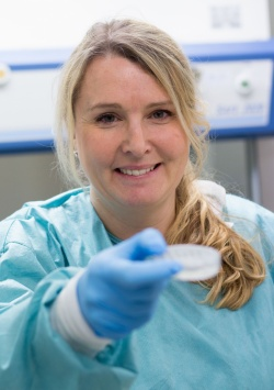 Stina Simonsson, Associate Professor of Cell Biology, lead the research...