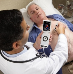 Photo: GE's Vscan takes ultrasound anywhere