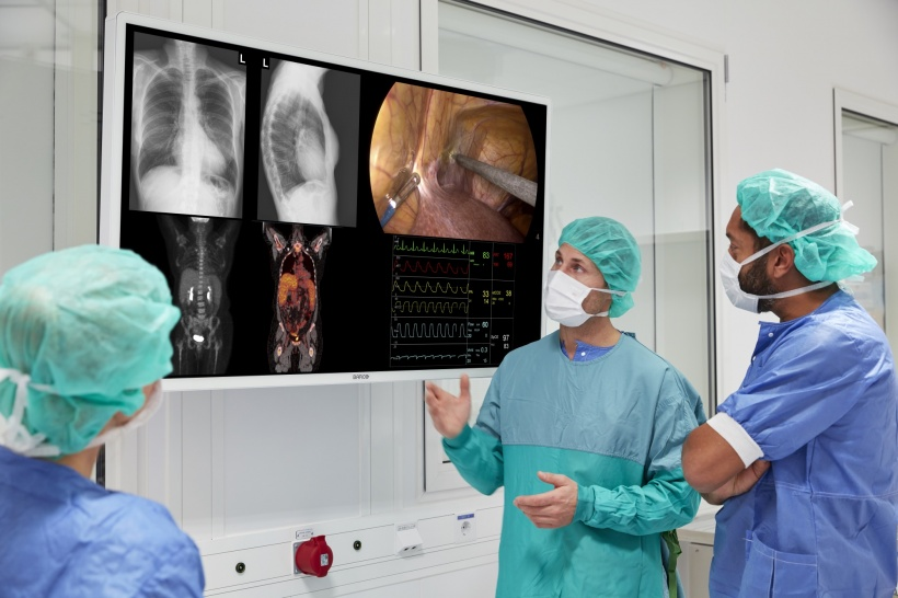 The plug and play approach enables faster turnarounds in the operating room