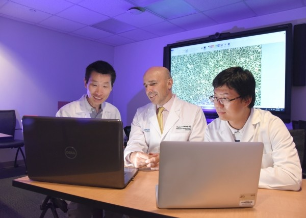 Dr. Yanbin Zheng, Dr. Stephen Skapek, and Dr. Lin Xu used a new algorithm to...