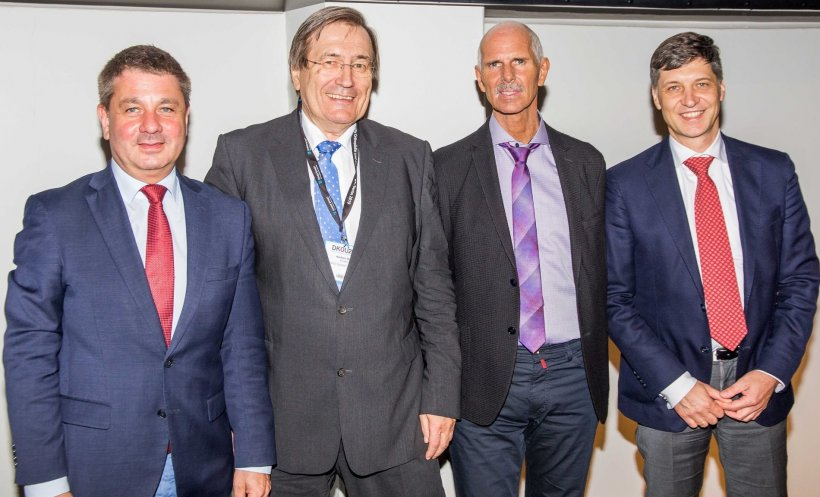 The experts gathered at the Heraeus Medical Satellite Symposium. From left:...