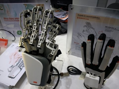 robotic hand for stroke rehabilitation presented at medical fair