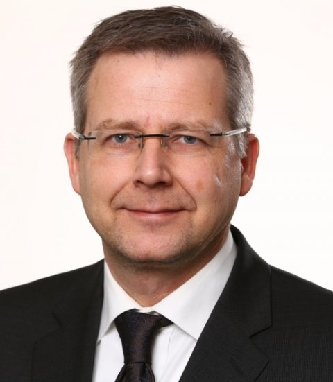 portrait of ralf lichtinghagen