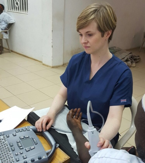 Anna Jerram performing POC ultrasound